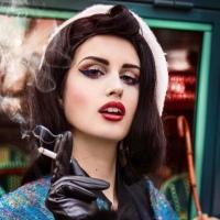 La surprenante et enivrante Elsa Oesinger, styliste et modèle