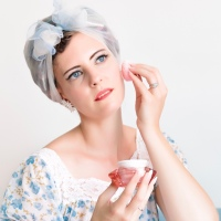 LeKeux Cosmetics des produits de beauté fait pour les PinUp